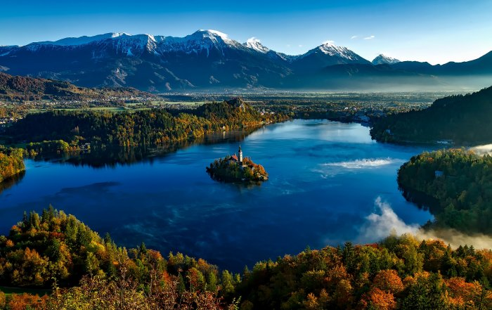 Russia and Slovenia: the view from both sides